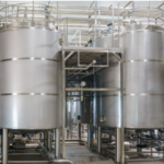 Cleaning-Mid-Sized-Sanitary-Tanks